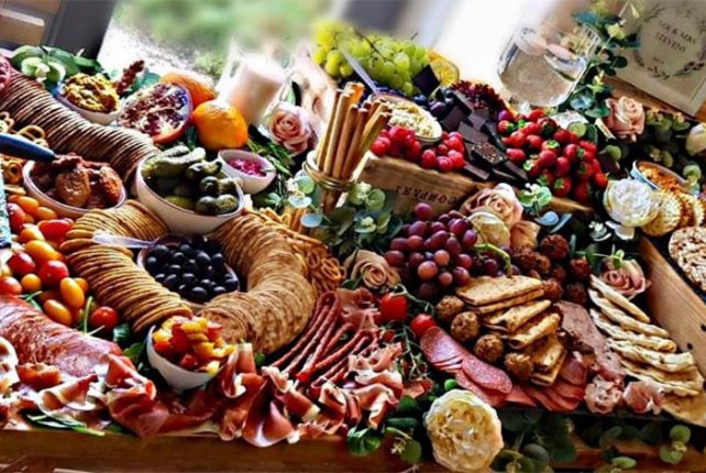 Bye Bye Buffets – It's All About The Grazing Table…